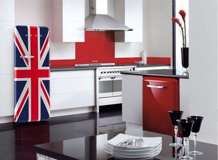 Smeg Kühlschrank Union Jack : Pin by luna☆luna jun on home☆smeg kitchen smeg fridge kitchen