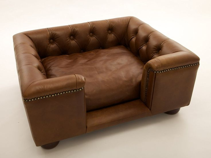Sandringham Pet sofa in Real Italian natural leather with
