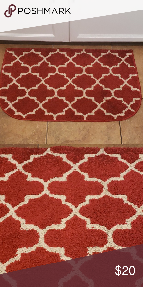 Home Goods Red And White Accent Rug