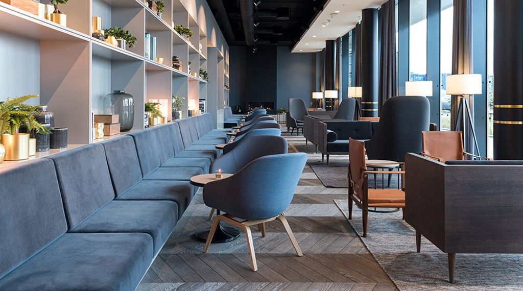 Pin by Yan Yeung on VIP lounge Lounge interiors, Lounge