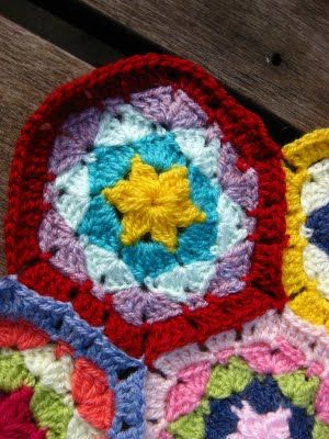 Bunny Mummy: Crochet Hexagon Tutorial...... Part One