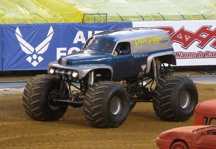 The First Grave Digger Monster Truck Old Grave Digger Monster Trucks Big Monster Trucks Monster