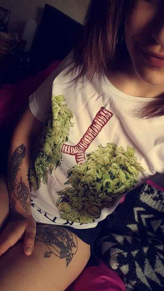 Weed singles