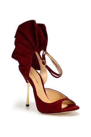 Oh la la and tralala shoes <3<3<3 Alberto Moretti Fall 2014