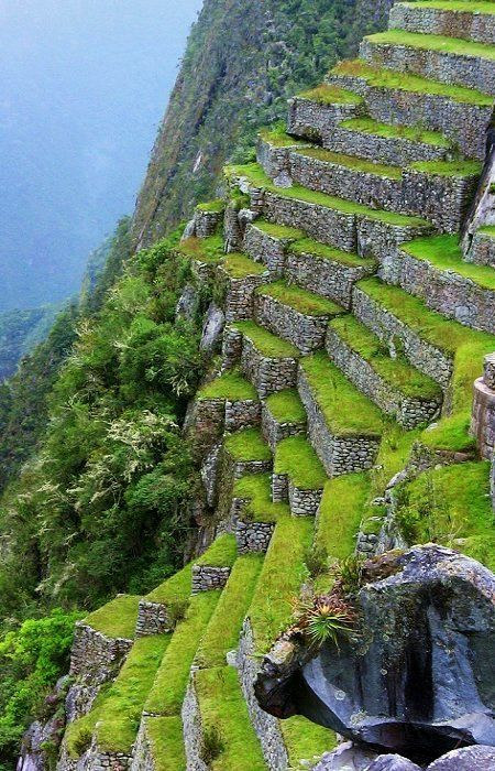 Ruins of Machu Picchu, Peru (by roba66 on Flickr)