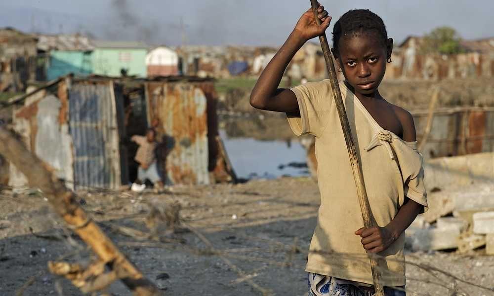 Cameroun: En 2014, 37,5% de la population vivait au-dessous du seuil de pauvreté - http://www.camerpost.com/cameroun-2014-375-de-population-vivait-dessous-seuil-de-pauvrete/?utm_source=PN&utm_medium=CAMER+POST&utm_campaign=SNAP%2Bfrom%2BCAMERPOST