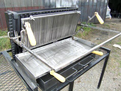 Vente barbecue gril vertical bbq en fer forg fabrication fran aise la forge salers asado - Fabriquer un barbecue en fer ...