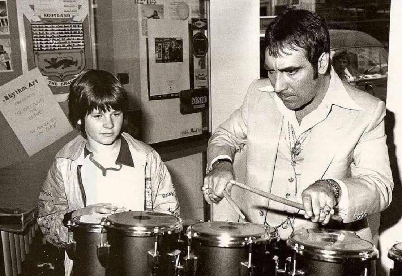 Pin på Drums & Drummers