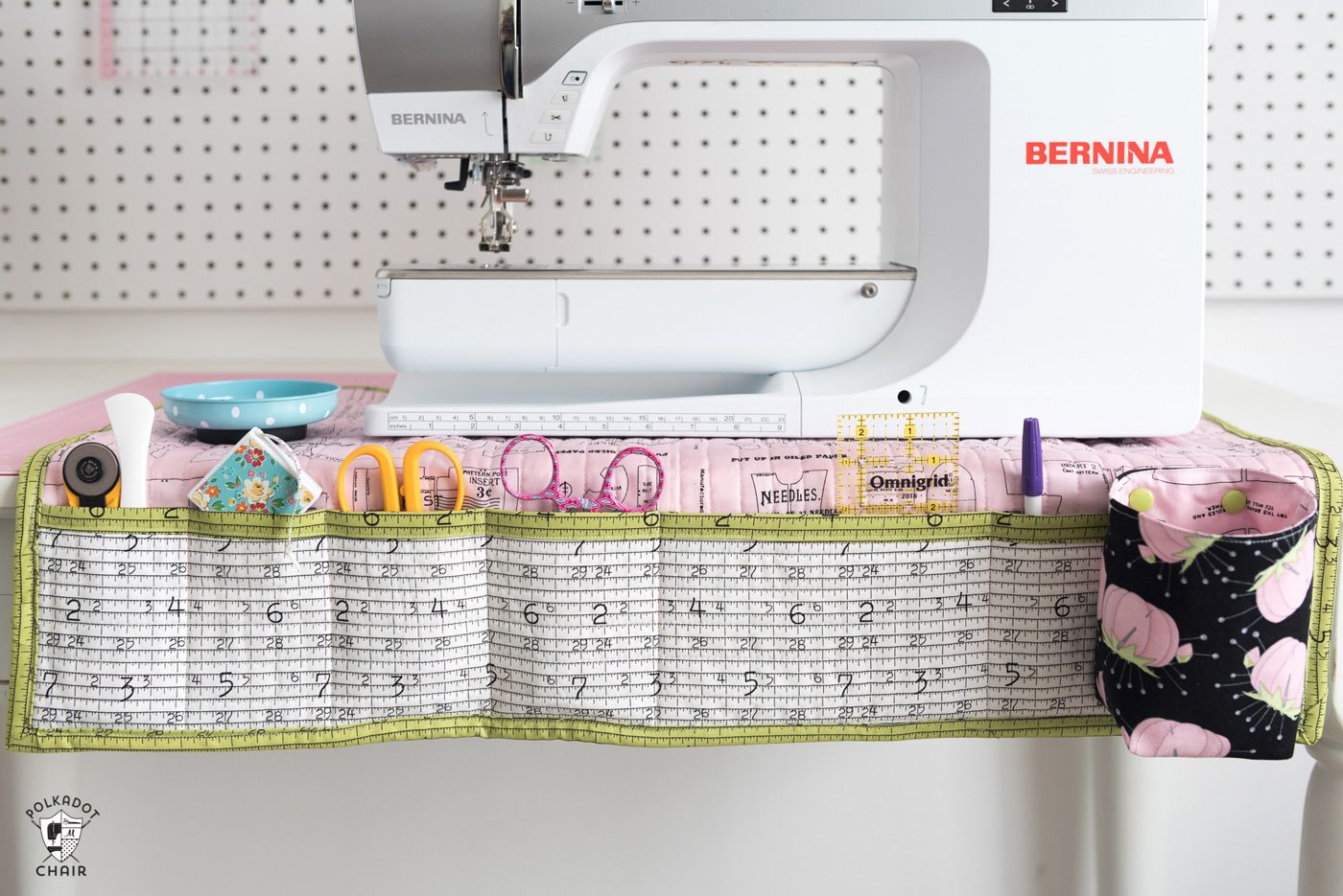 Stay Organized with this DIY Sewing Machine Mat | Seamstress in Me ...