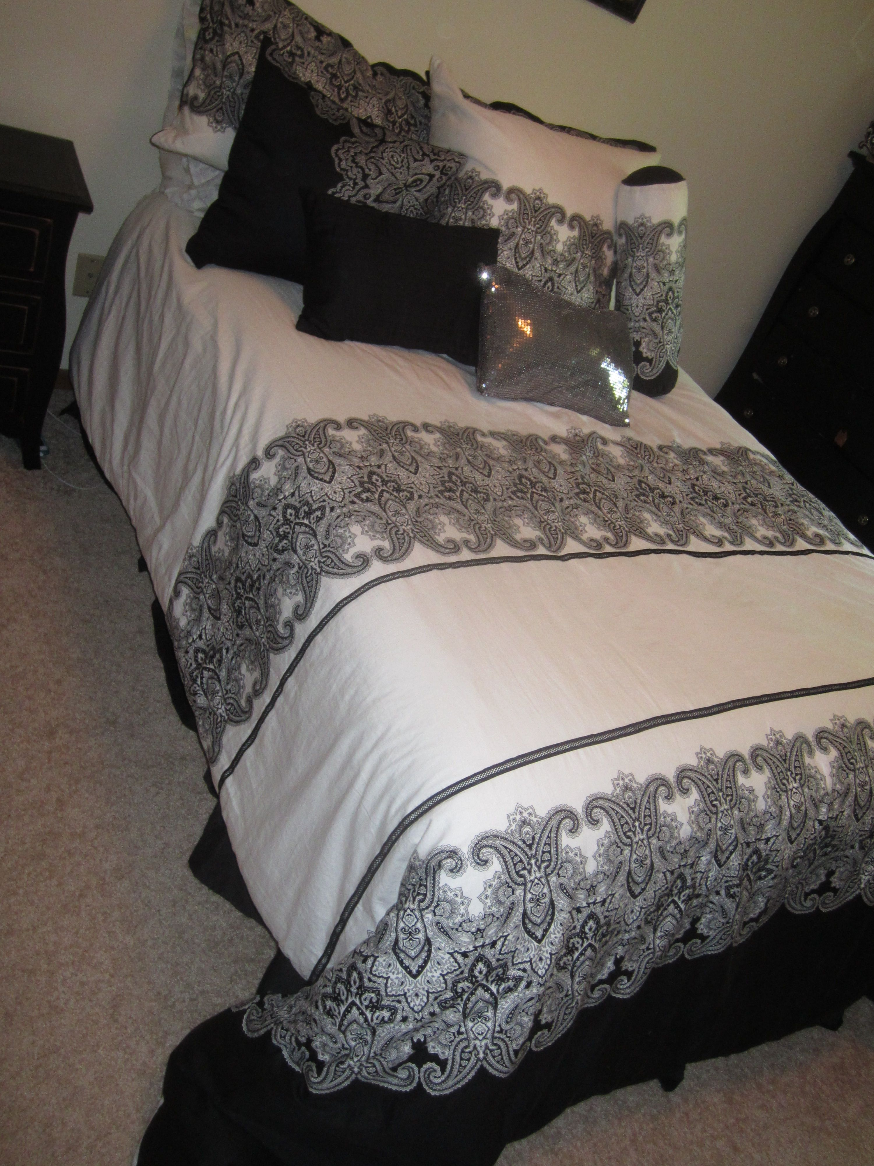 of home bed artisan marvelous furniture tj bedding de tahari full frames quilt luxe new size elegant headboards magnificent maxx inspirational bedroom does