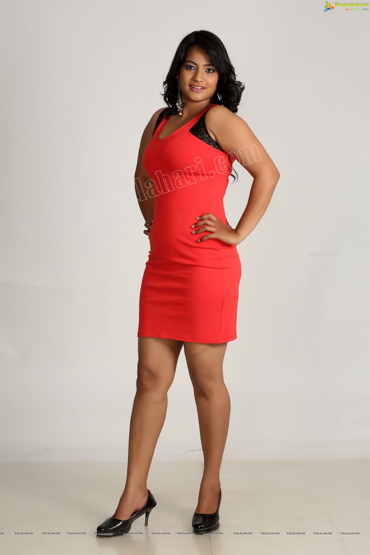 Madhu Shalini Hot Sex Good exclusive photos - saritha sharma in pink dress - image 101
