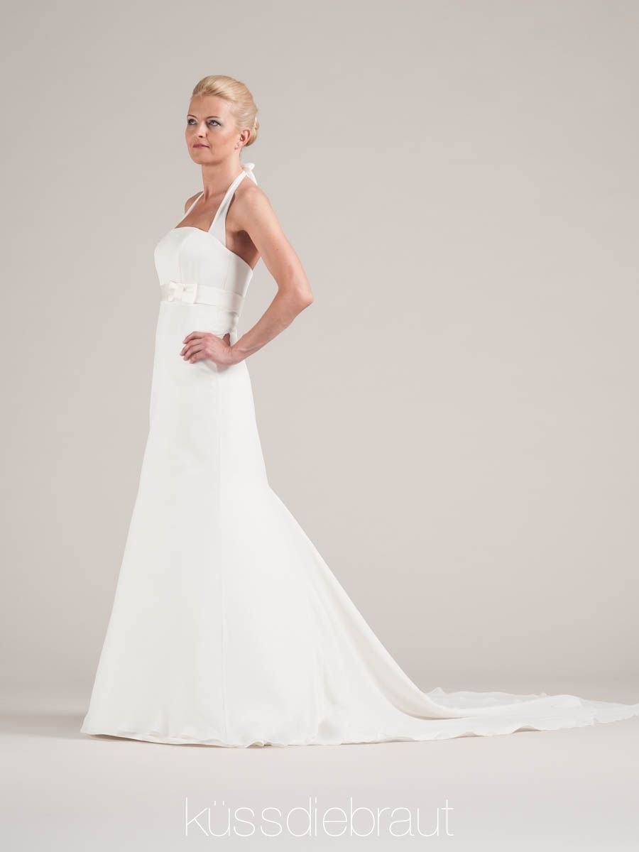 Wedding dress by LINDEGGER. KÜSSDIEBRAUT | Wedding Dresses ...