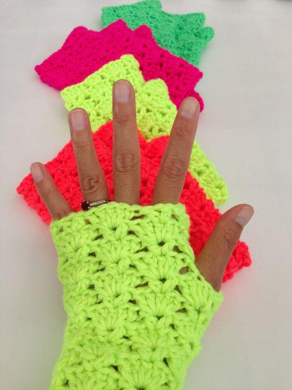 Crochet Shells Fingerless Gloves, Crochet wrist warmer fingerless gloves, Lace fingerless gloves, Candy colored gloves