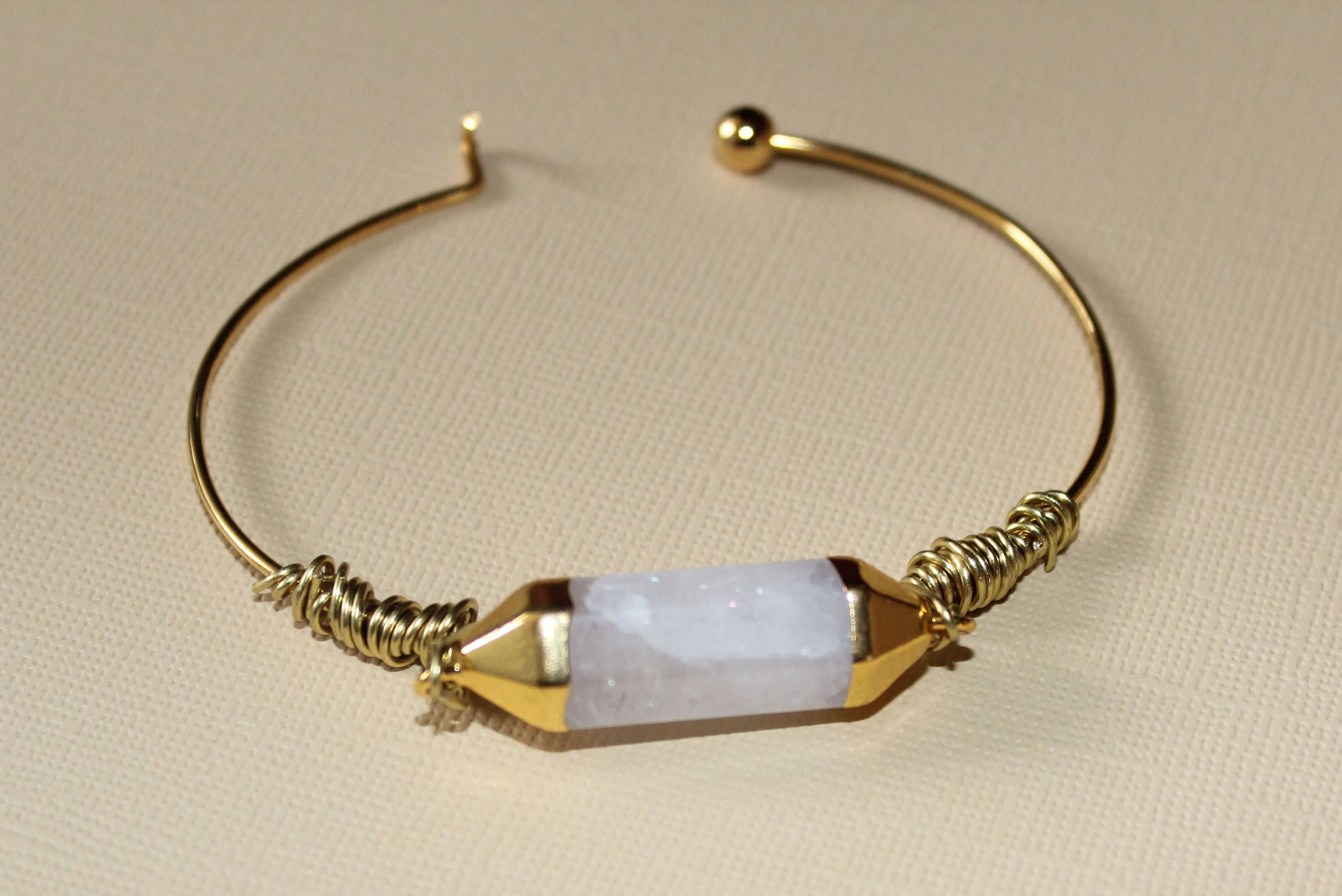 Quartz Crystal and Gold Wire Wrap Bangle Bracelet | Gold wire, Wire ...