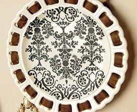 Ceramics, a la Mode