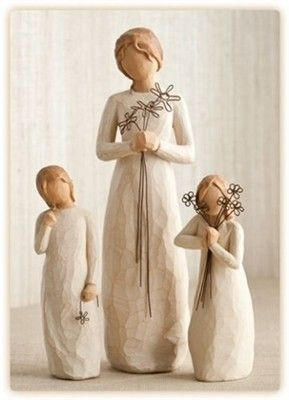Willow Tree Mother With Two Daughters 26155 26171 26147 Willow Tree Figurines Willow Tree Angels Willow Tree