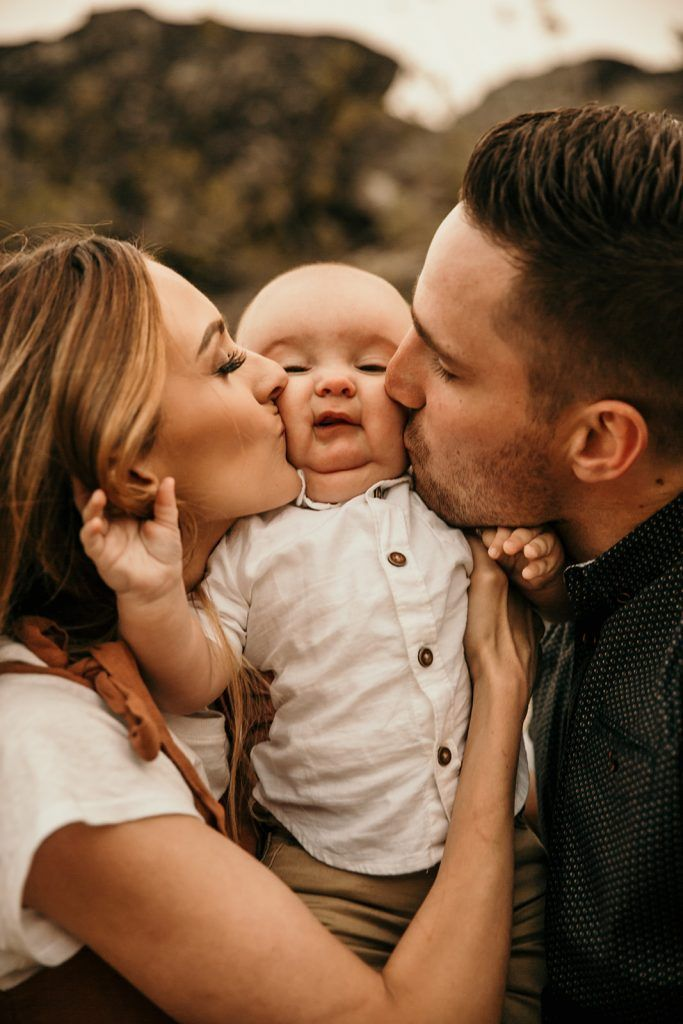 Eli + Chelsea + Baby Royce: Mountain Family Session - Kortney Peterson