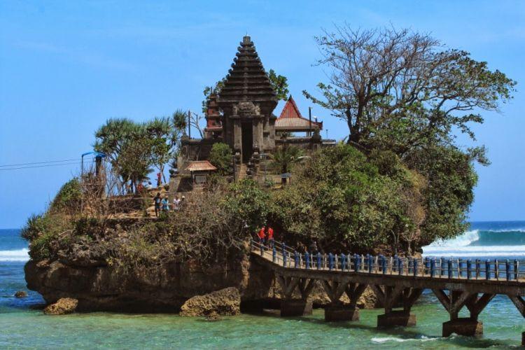 Balekambang Beach Malang East Java 2bpblogspot