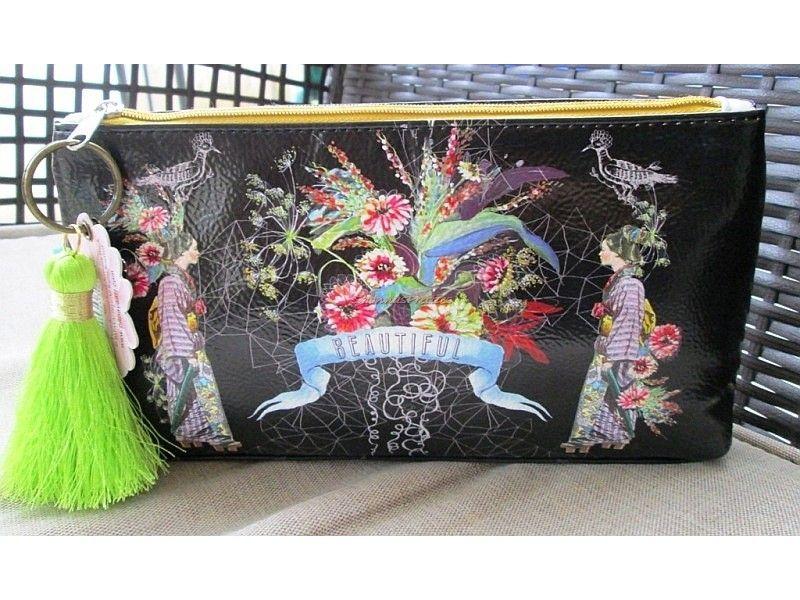 Beautiful Geisha Papaya Art Cosmetic Bag