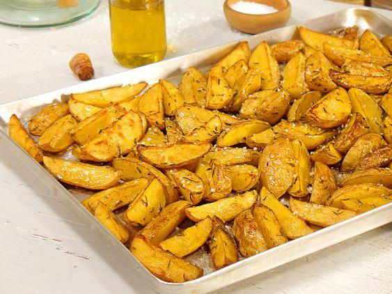 Kartoffelspalten aus dem Ofen - so einfach geht's | LECKER