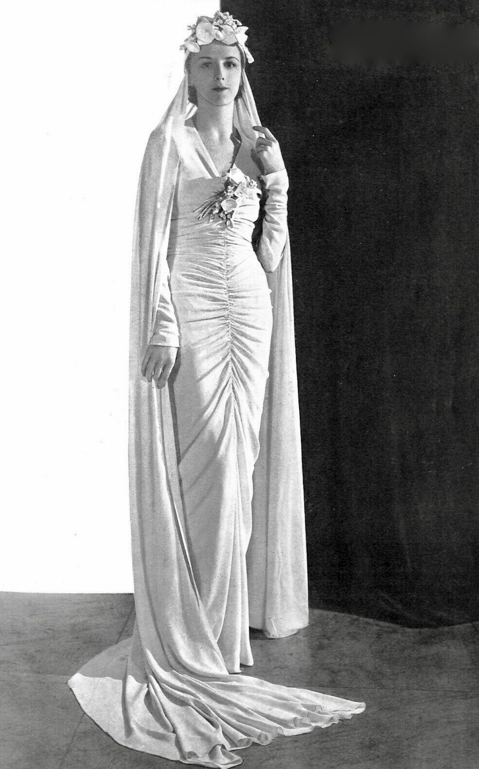 Pin By 1930s 1940s Women S Fashion On 1930s Wedding Dresses Cheap Wedding Dress 1930s Wedding Dress Womens Fashion Vintage
