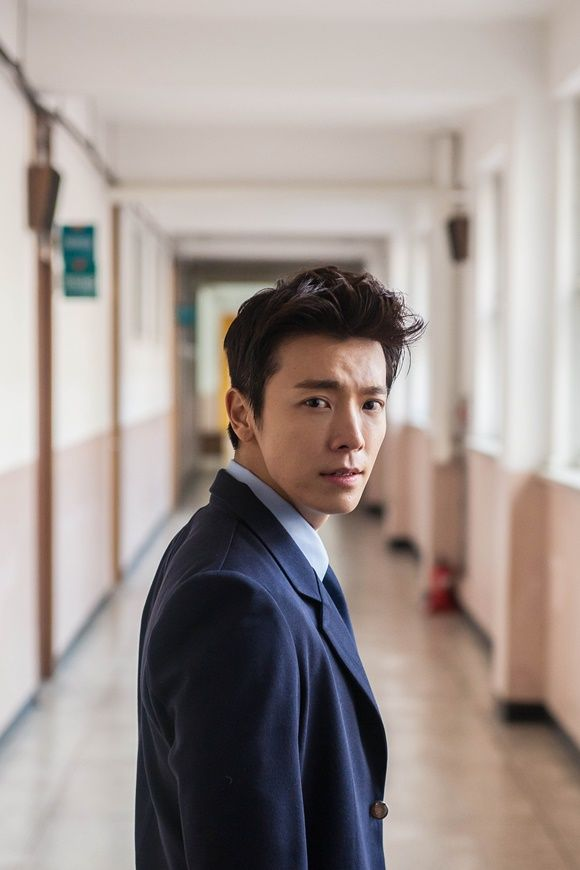 "Super Junior's Donghae to Promote ""The Youth"" Movie in London"
