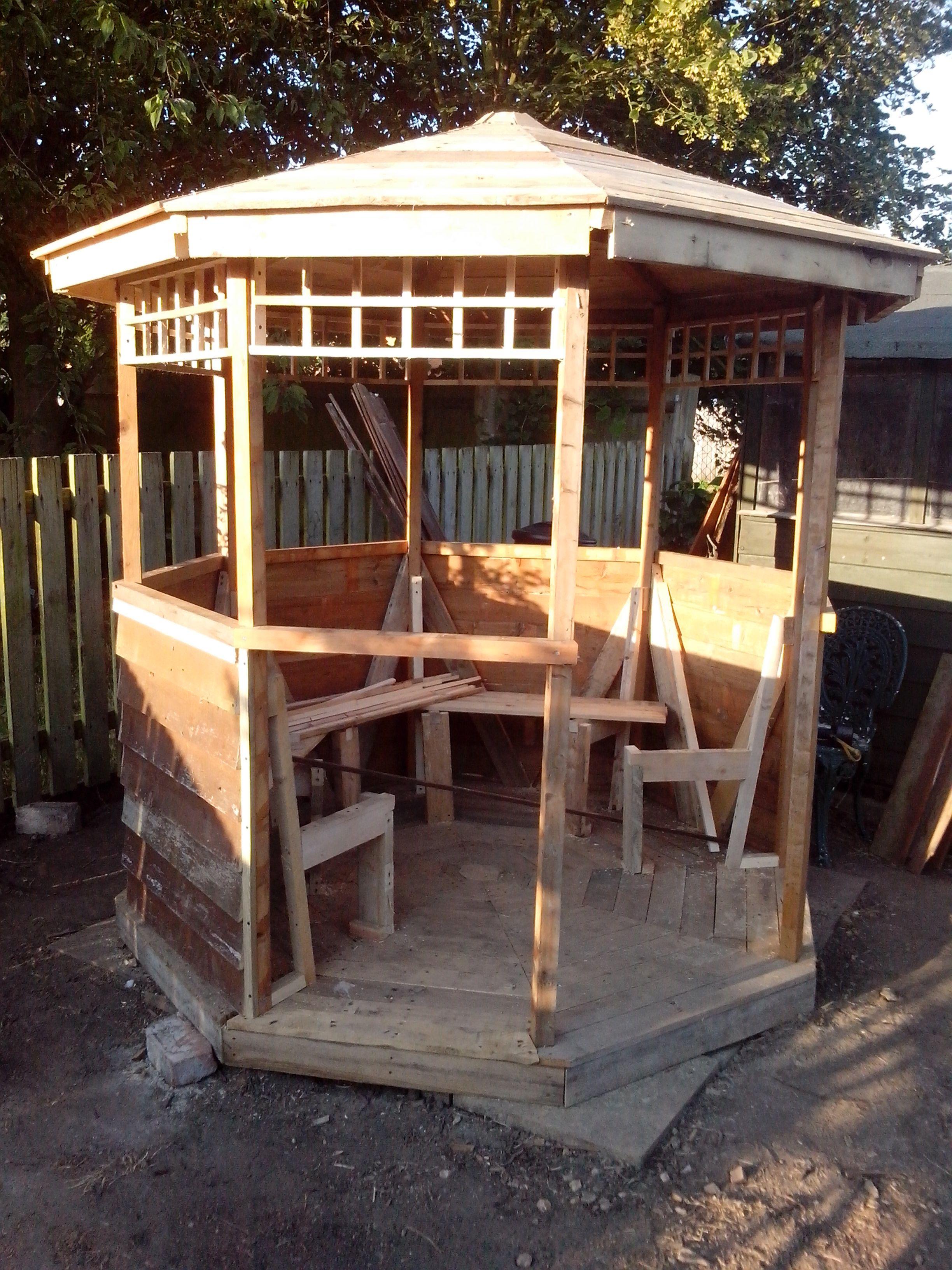 Building Gazebo Using Scrap Wood And Pallets Diy Yard Backyard