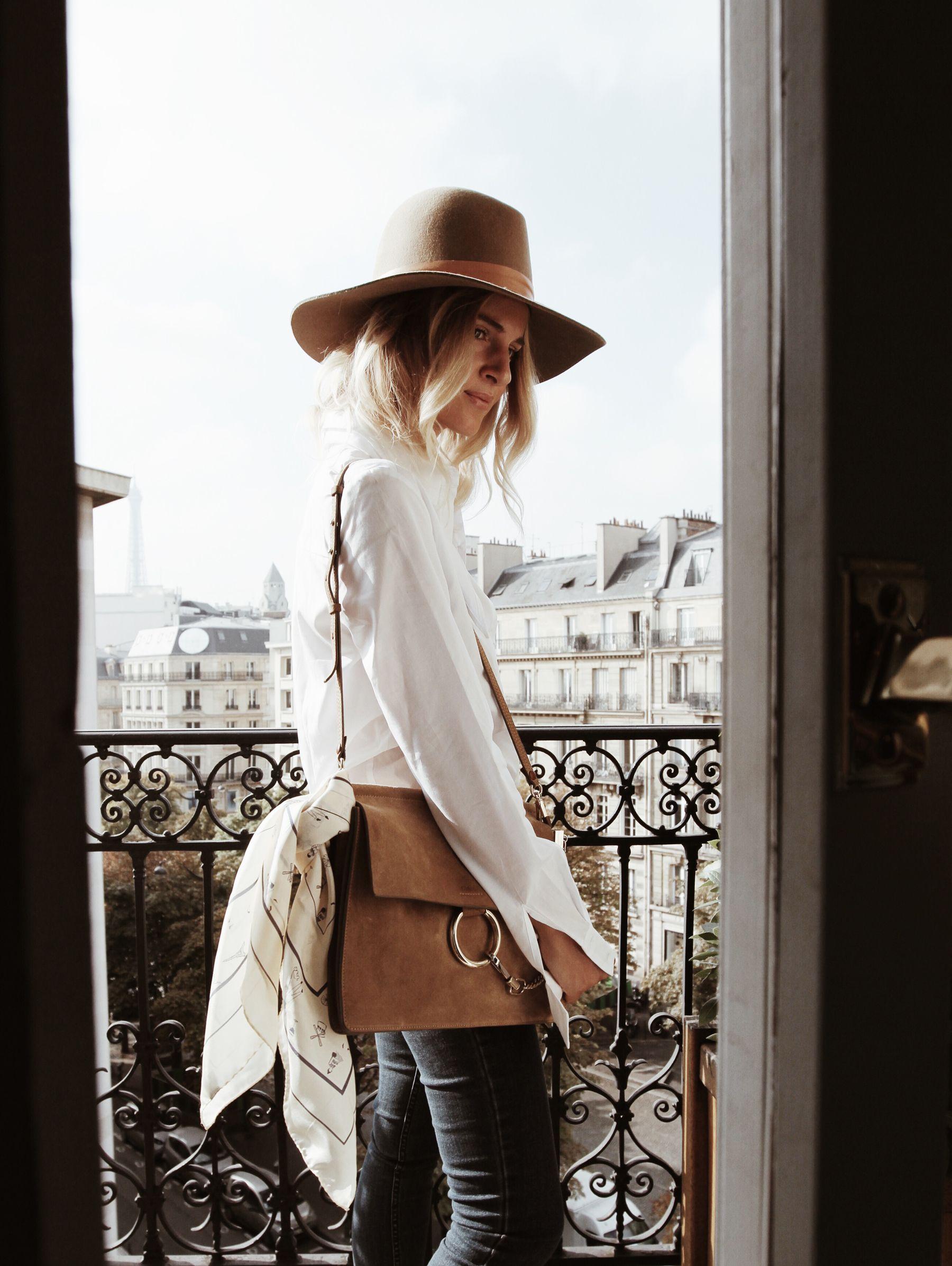 BALZAC PARIS white shirt BALZAC PARIS denim pants ZADIG & VOLTAIRE suede boots (similar here) CHLOÉ faye bag BALZAC PARIS foulard Photos by F. Flatau _____ _____ I had the chance to stay in