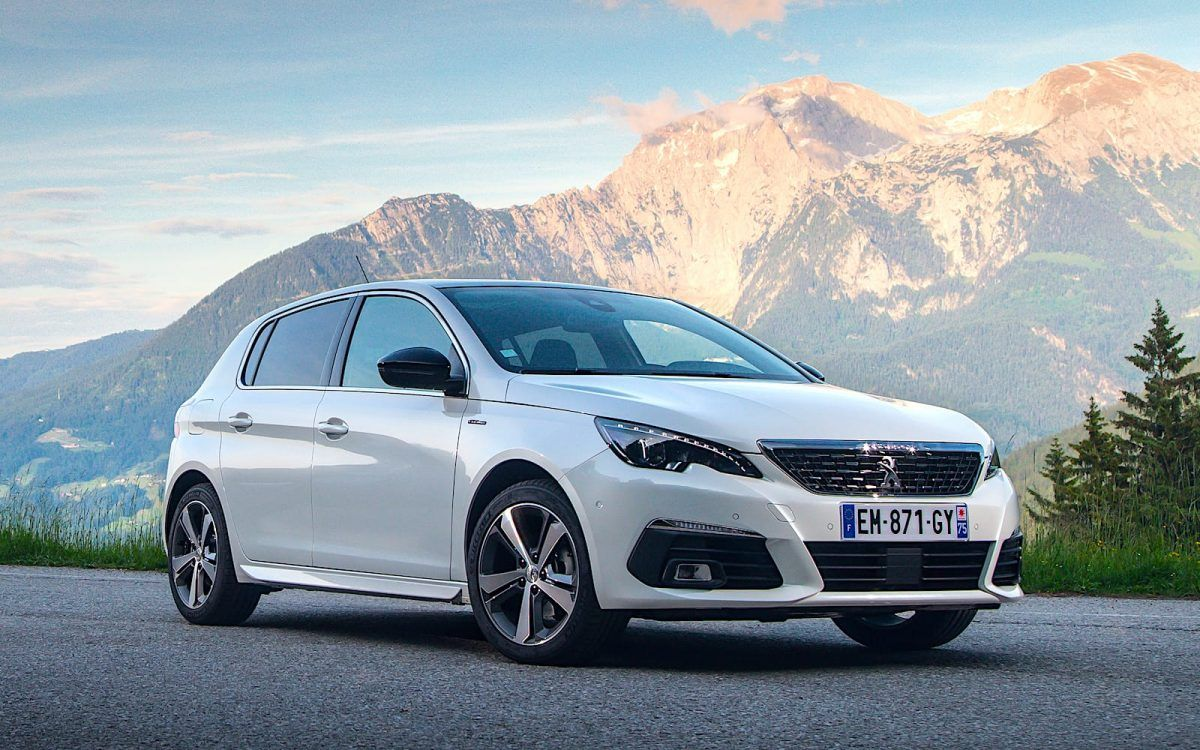 el peugeot 308 gt recibe en espa a el motor puretech con 225 cv coches peugeot y cars. Black Bedroom Furniture Sets. Home Design Ideas