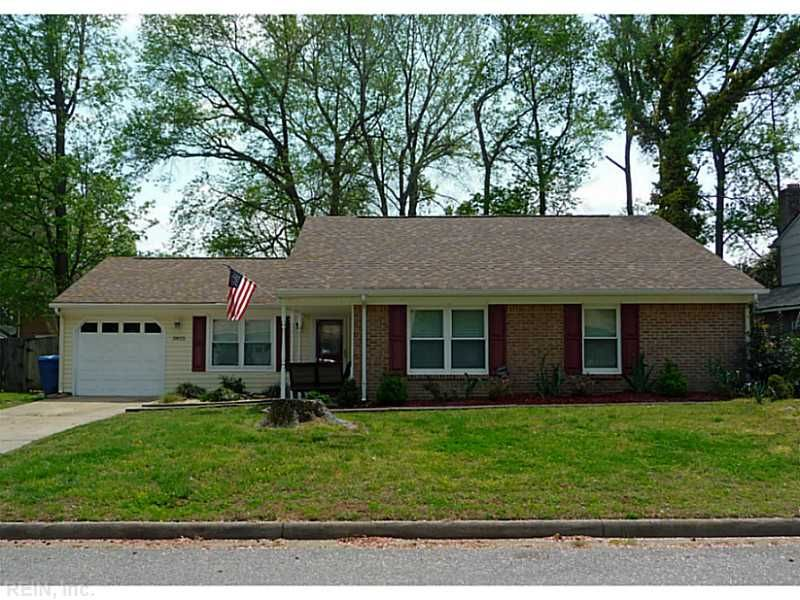 Home For In Green Run Virginia Beach Va 3825 Amberley Forest Pl 23453