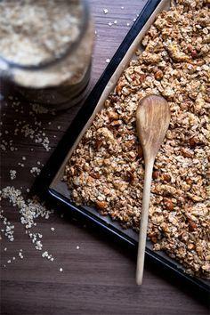 Morgen Granola Zuckerfreies Knuspermüsli Selbermachen diy auf vegan momZuckerfreies Knuspermüsli Selbermachen diy auf vegan mom