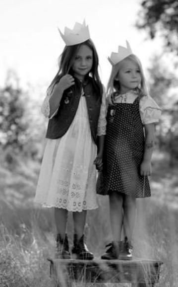 pienet tytöt