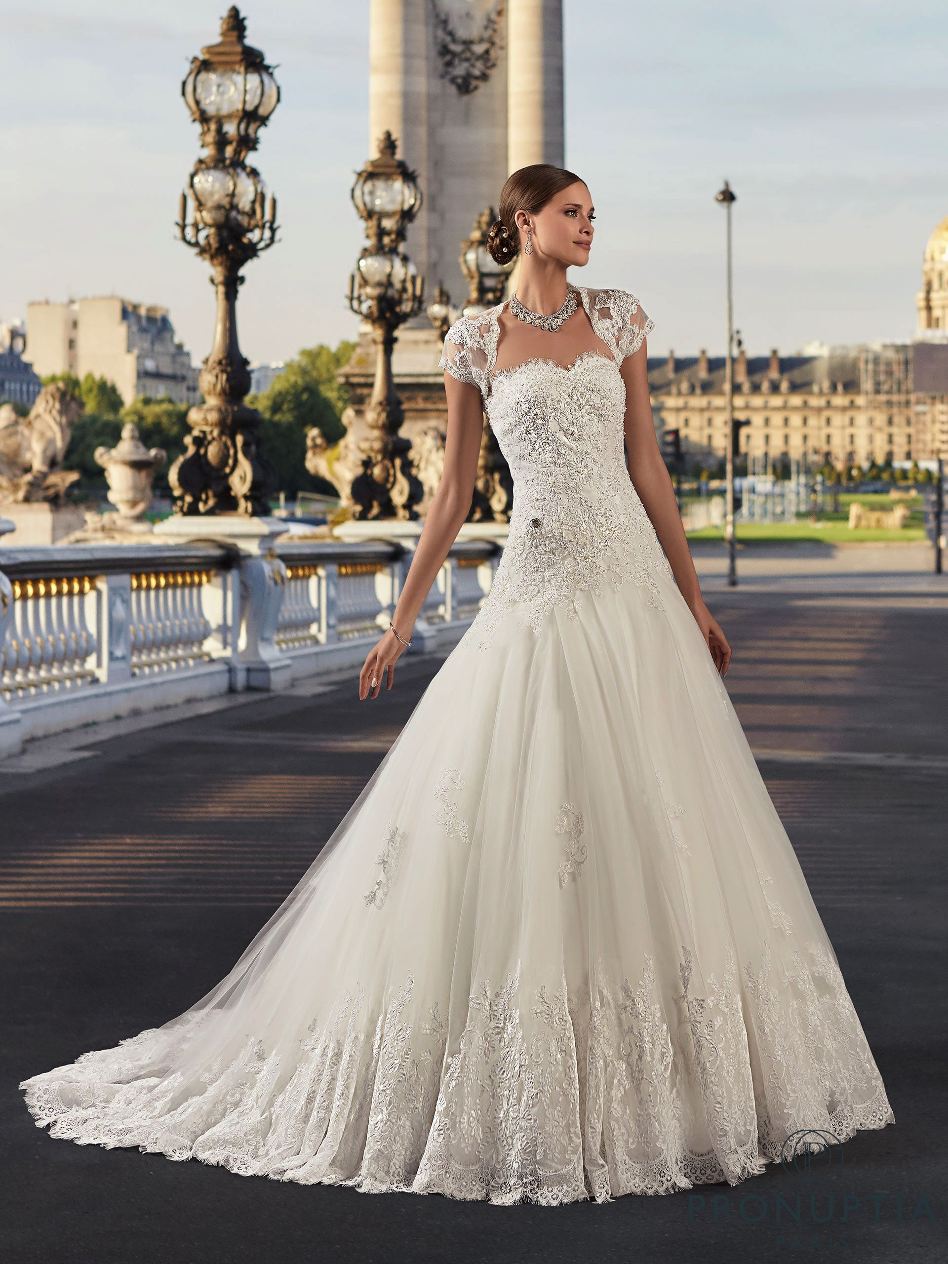correspondant en couleur boutique officielle Garantie de satisfaction à 100% Robes de mariée : la collection Pronuptia 2018 | wedding ...