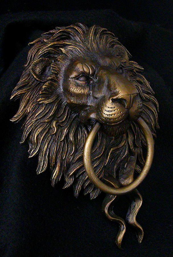 Lion Head Door Knocker Sculpture | I Hear You KNOCKIN ...