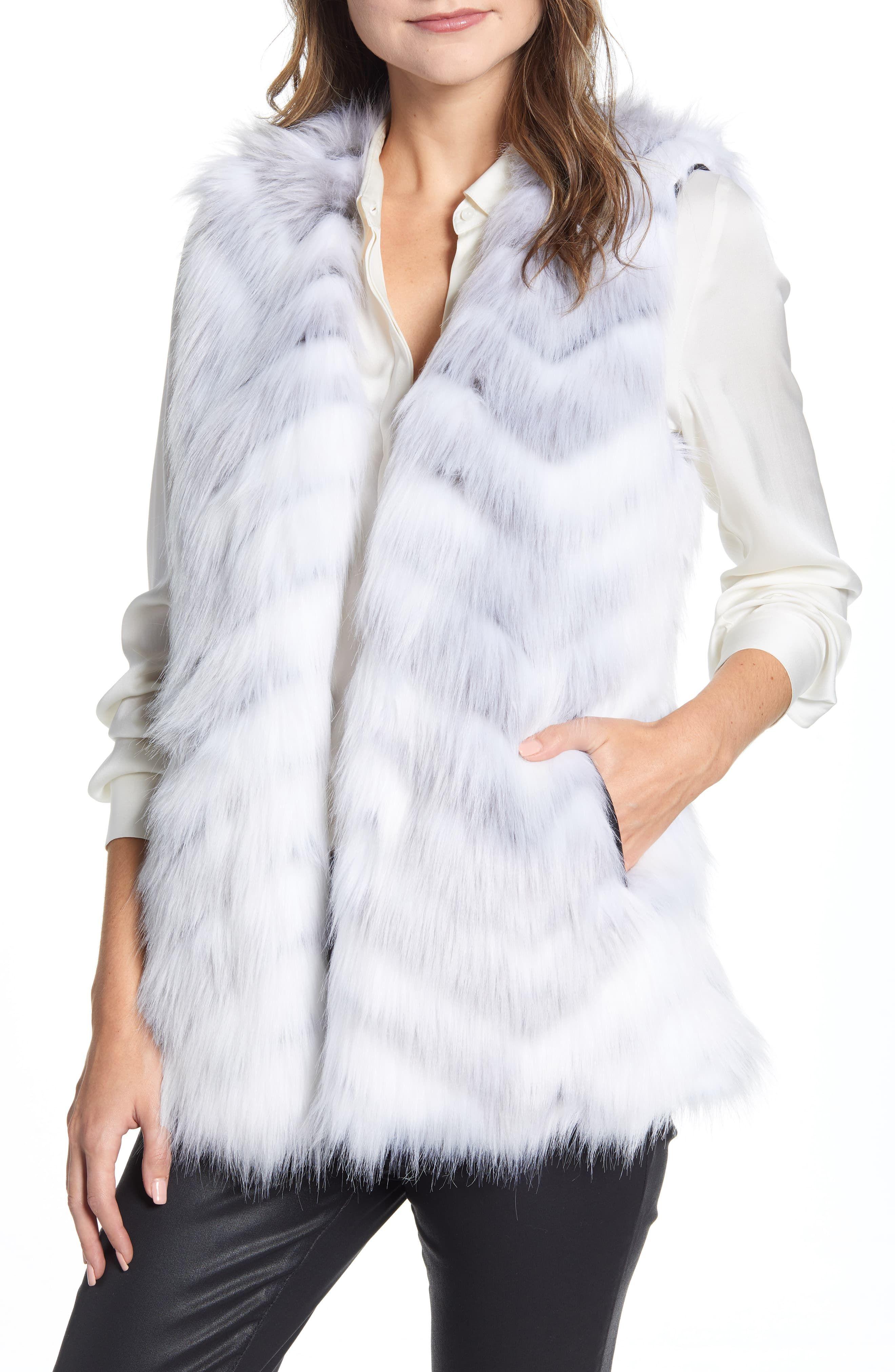 Women S Via Spiga Chevron Faux Fur Vest Size X Small White Long Faux Fur Coat Vest Style Women Fashion Clothes Women [ 4048 x 2640 Pixel ]