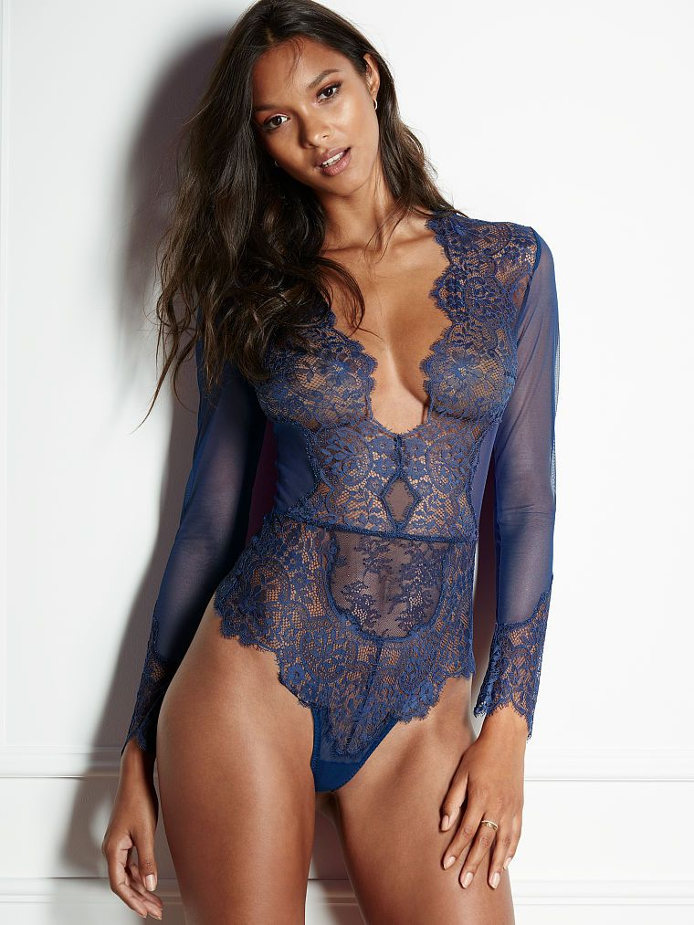 Teddy Lingerie Romper Bodsuit W//Long Lace Sleeves /& Lacey Deep V Front /& Back