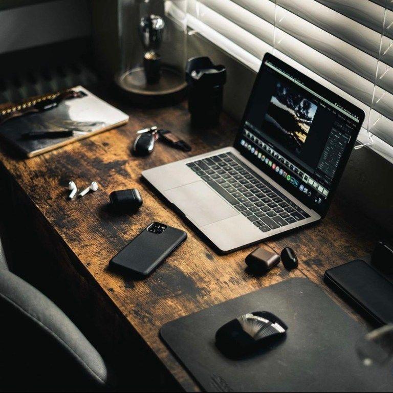 Computer Desk Setup, Design Studio