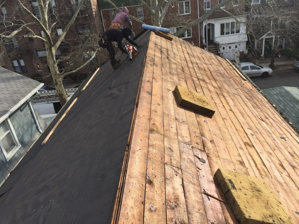 Best Roofing Contractor In Brooklyn Ny Best Roofer In Brooklyn Ny Yelp Roof Repair Roof Repair Roofing Contractors Roofing