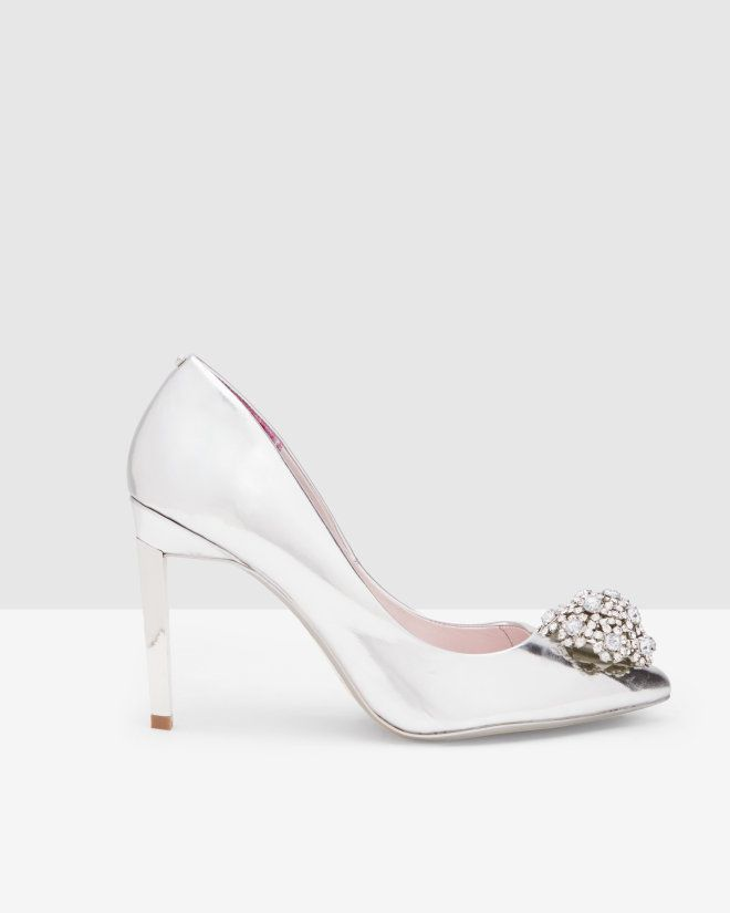 256c7dbce1bf19 Brooch detail court shoes - Silver Color