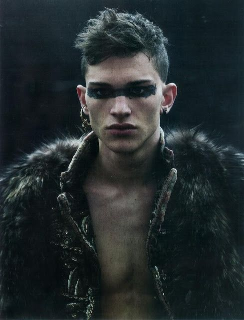 BLACK EYE RIBON - 2D PART OF EVOLUTIVE MAKE-UP DARKENING THE FACE - maquillaje de vampiro hombre