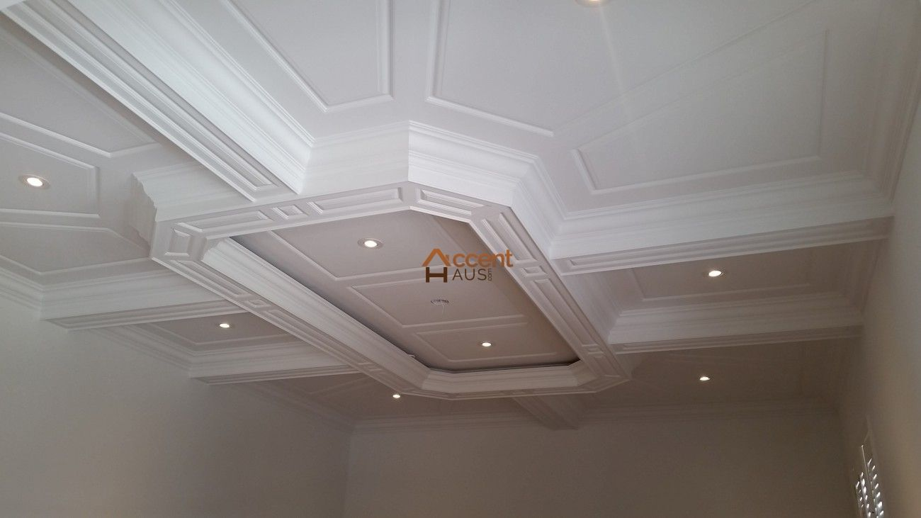 Patterned Octagon Ceiling In Bedroom In A House Whitby Wainscoting Panels Wainscoting Waffle Ceiling