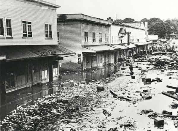 hilo hawaii tsunami of april 1 1946 vintage hawaii