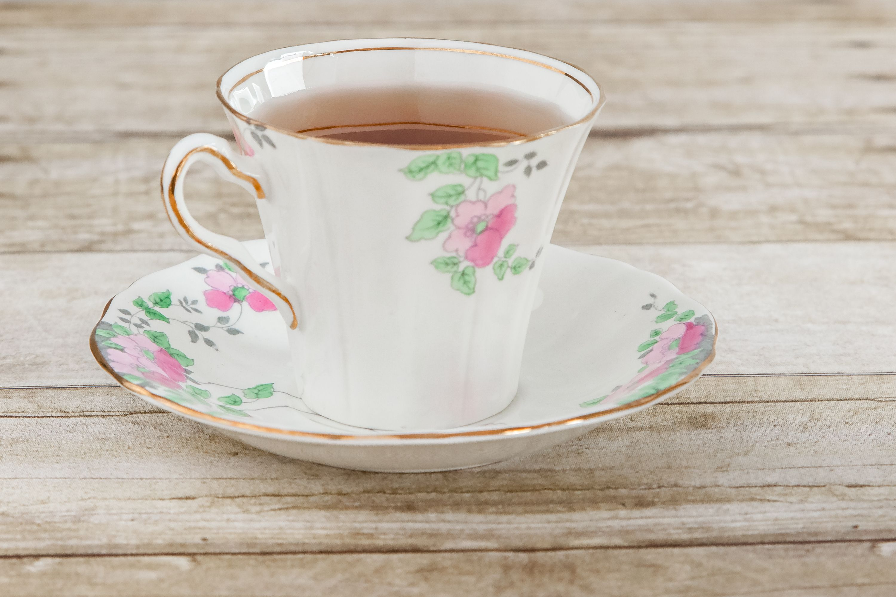Home Remedy Tea For A Migraine | LIVESTRONG.COM