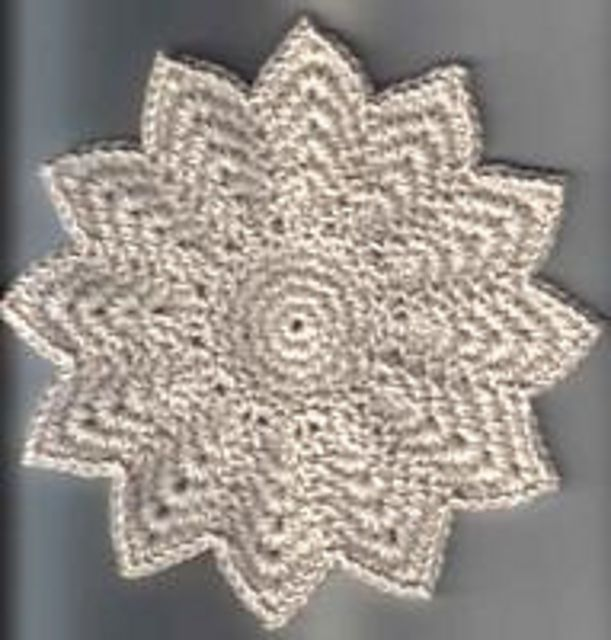Ravelry 12 Point Round Dishcloth By Amelia Beebe Free Pattern