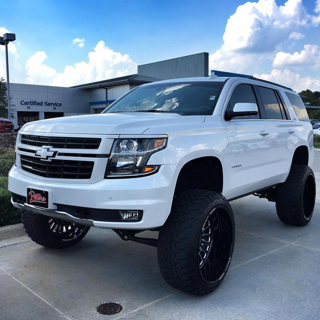 Pin By Loraine Dehoff On What I Want In 2020 Lifted Chevy Tahoe