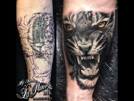Tiger Cover Up Tattoo Realistic Portrait Black White Color Forearm Cover Up Tattoo Cover Tattoo Best Cover Up Tattoos