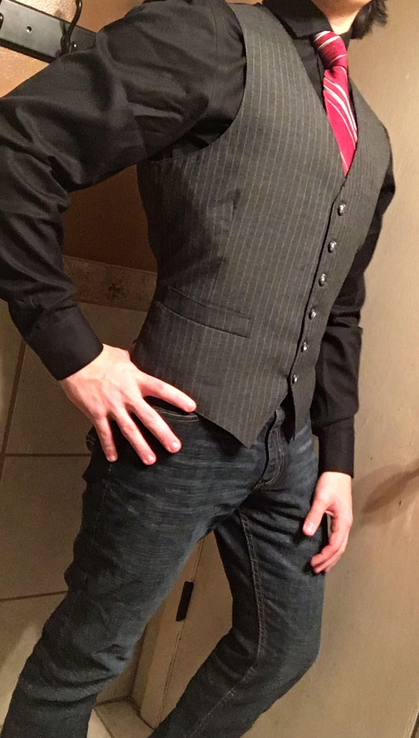 Men S Fashion Dark Gray Vest Red Tie Dark Blue Jeans And Black Dress Shirt Shirt Outfit Men Jeans Outfit Men Black Shirt Outfits [ 2533 x 1440 Pixel ]