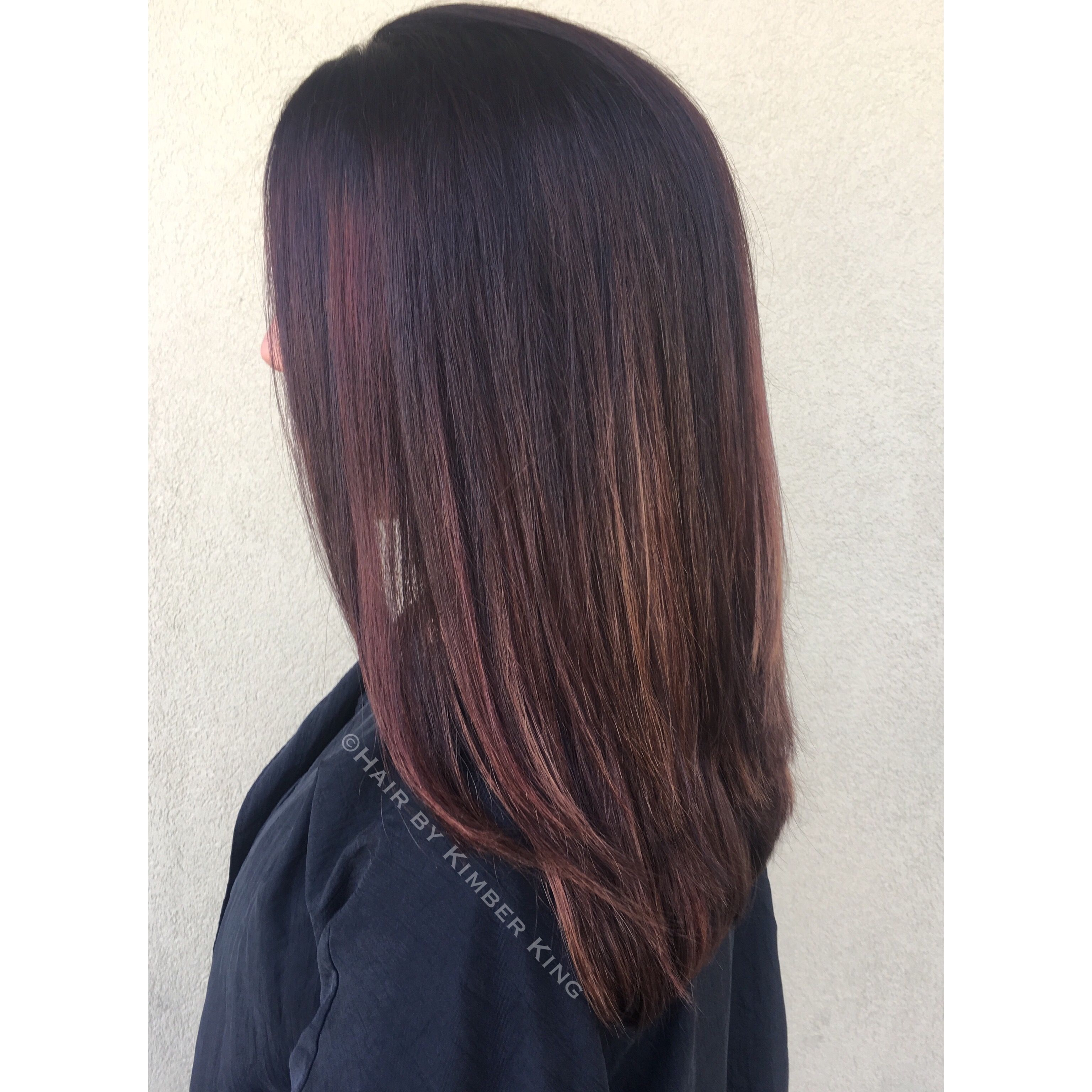 Rich Browns Coppers And Red Toned Balayage Highlights On Straight Hair Balayage Highlights Balayage Hair Copper Balayage Hair Purple