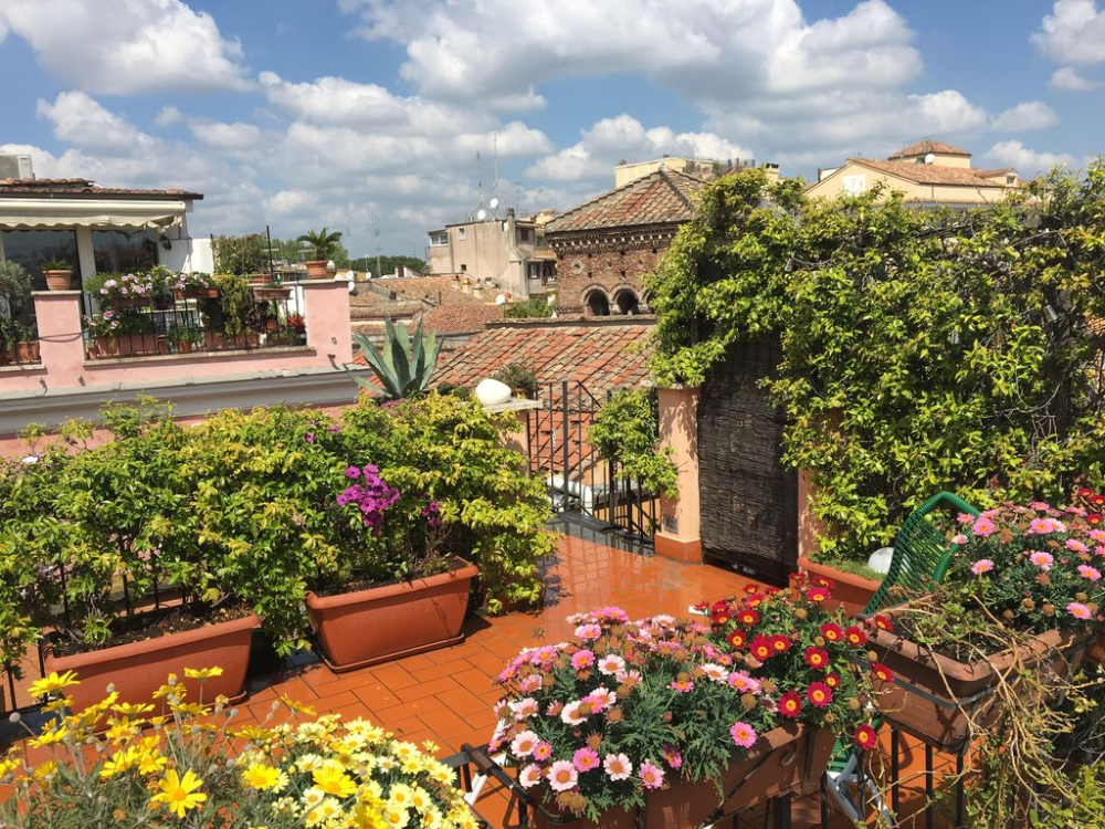 Trastevere Penthouse With Panoramic Roof Terrace Heart Of Old Historical Centre Municipio I In 2020 Roof Terrace Penthouse Terrace
