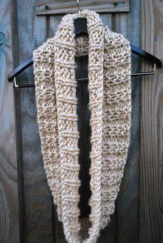 Free Knit Infinity Scarf Pattern Lion Brand Quick Thick Yarn 2
